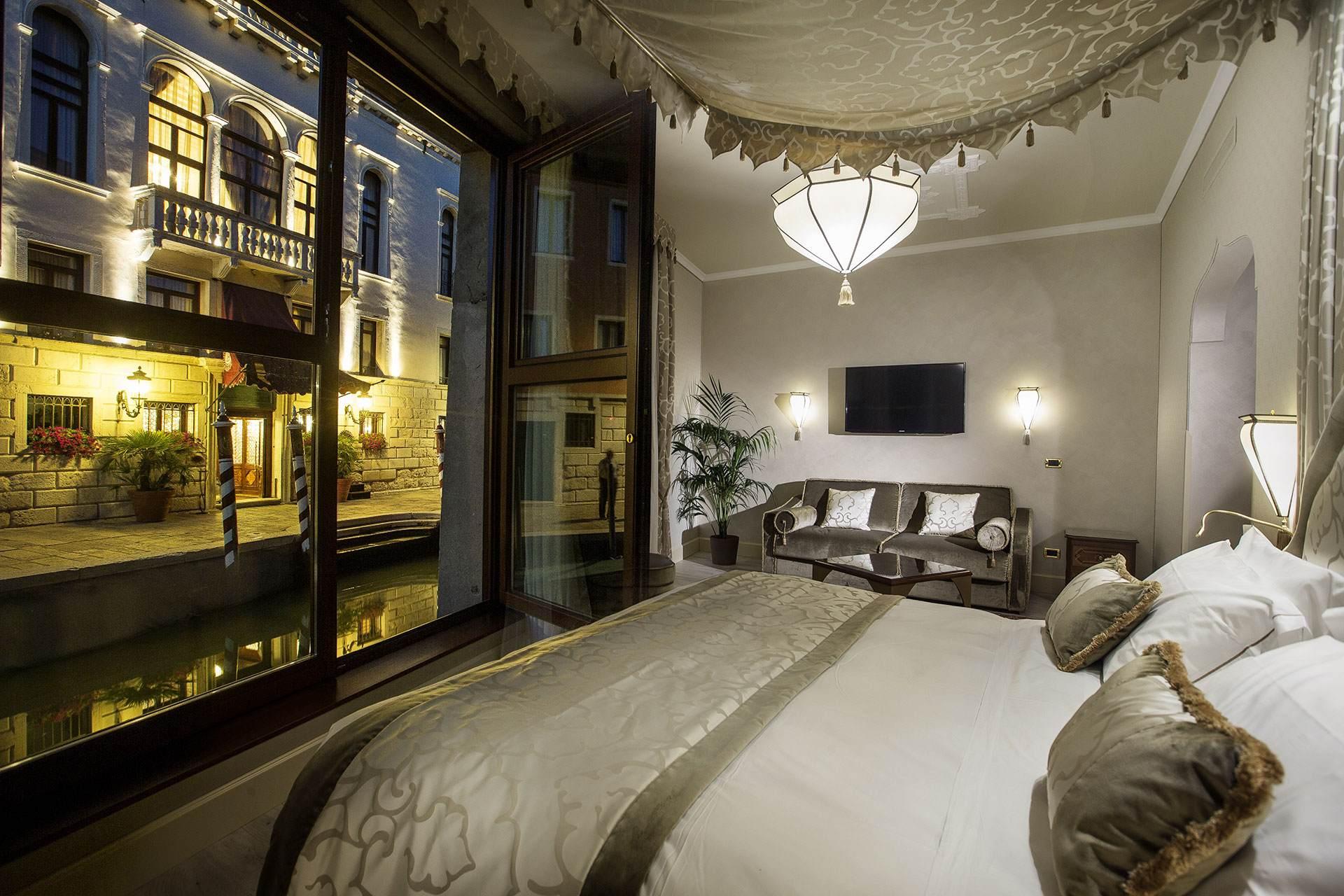 Ai Mori D Oriente Hotel Venice